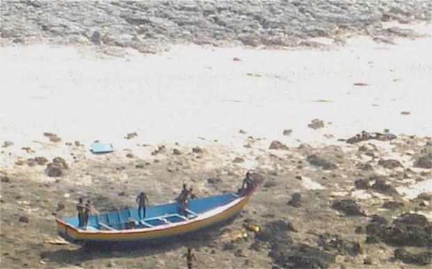 Bộ tộc giết người lạ trên đảo Sentinel từng 11 lần bị người hiện đại quấy rầy, và đây là những gì đã xảy ra - Ảnh 12.