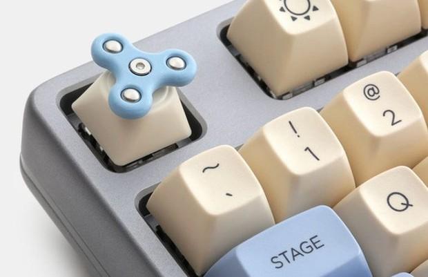 Đam mê phím cơ độc lạ, chớ bỏ qua mẫu keycap fidget spinner siêu đặc biệt này - Ảnh 3.