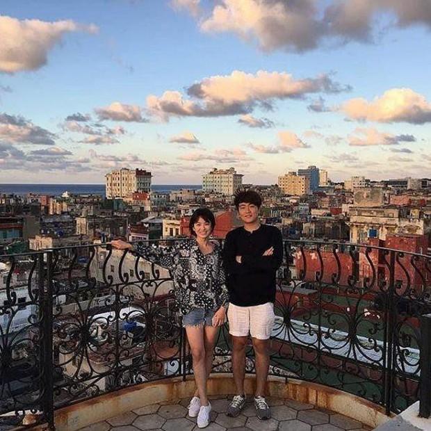 Encounter của Song Hye Kyo vừa lên sóng đã khiến netizen Hàn điên đảo vì Cuba quá đẹp! - Ảnh 4.