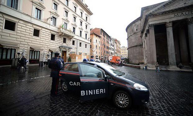 Ông trùm mafia khét tiếng nhất nước Ý bị bắt sau 15 năm chạy trốn - Ảnh 1.