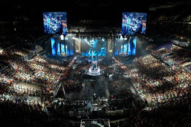 Tổ hợp Esports khủng nhất thế giới tại Trung Quốc: Tốn 6500 tỷ đồng, rộng bằng gần 70 sân vận động - Ảnh 1.