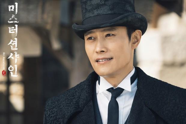 Song Hye Kyo tái xuất với Encounter, đụng độ loạt tác phẩm mới của tình cũ - Ảnh 2.