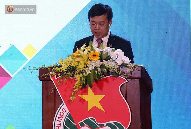 Tiến sĩ 9x người Việt tại Singapore: Bức xạ Mặt trời là nguồn năng lượng vô tận mà hiện nay Việt Nam chưa tận dụng được - Ảnh 1.