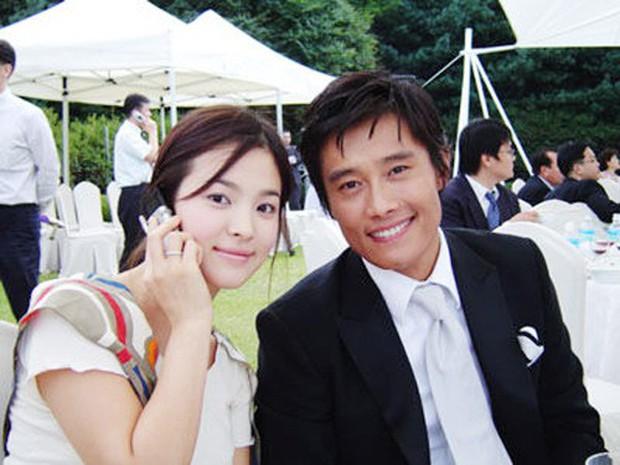 Song Hye Kyo tái xuất với Encounter, đụng độ loạt tác phẩm mới của tình cũ - Ảnh 3.