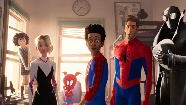 """Điểm mặt dàn Người Nhện tề tựu trong """"Spider-Man: Into the Spider-Verse"""" (Phần cuối) - Ảnh 1."""