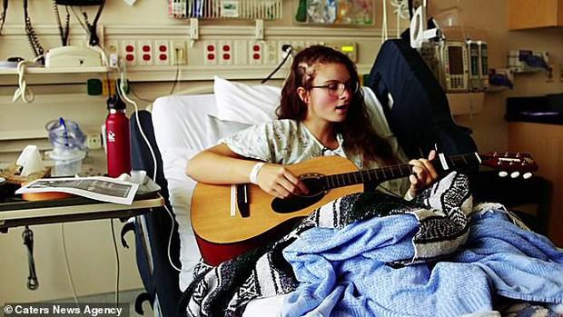 Vì lý do này mà bác sĩ yêu cầu cô gái hát trong lúc phẫu thuật não... ai biết cũng phải khâm phục - Ảnh 6.