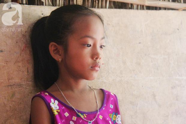 Xót cảnh mẹ bị câm điếc ú ớ rồi chết, hai đứa trẻ 6 và 9 tuổi mồ côi mẹ không có tiền đi học - Ảnh 9.