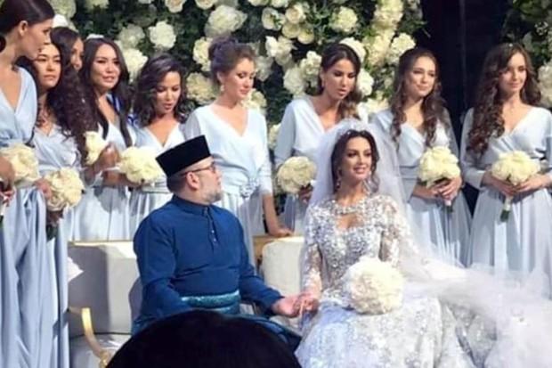 Ảnh: Nhan sắc hoa hậu Moscow (Nga) vừa kết hôn với quốc vương Malaysia - Ảnh 9.