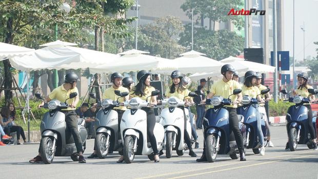 Xe máy điện VinFast chạy thử ở Hà Nội - Ảnh 2.
