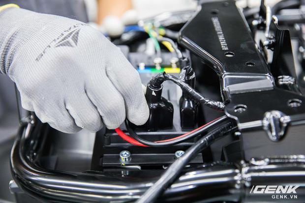 Giải đáp xe máy điện VinFast: Kháng nước tiêu chuẩn gì? Bảo hành bao lâu? Sạc bao phút thì chạy được? - Ảnh 5.