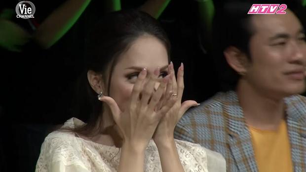 Người ấy là ai: Hương Giang ôm mặt tiếc nuối khi biết chàng thơ team Noo Phước Thịnh còn độc thân - Ảnh 8.