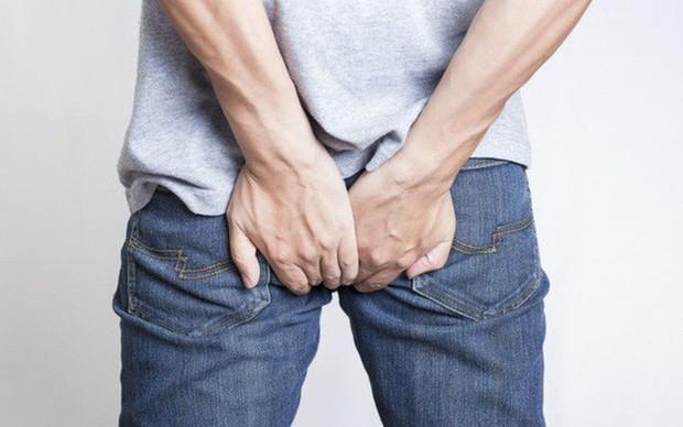 Thấy đau khi đi đại tiện thì đừng chủ quan xem thường vì nó có thể cảnh báo một vài vấn đề sức khỏe mà bạn không ngờ tới - Ảnh 3.