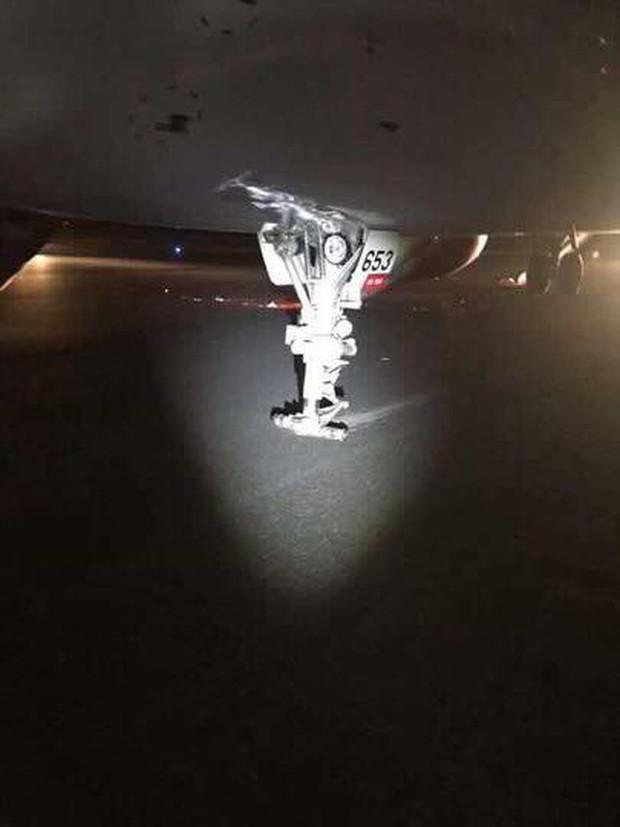 Nóng: Máy bay Vietjet gặp sự cố nghiêm trọng khi tiếp đất, hàng trăm hành khách được lệnh bỏ lại hành lý và nhảy ra cửa thoát hiểm - Ảnh 4.