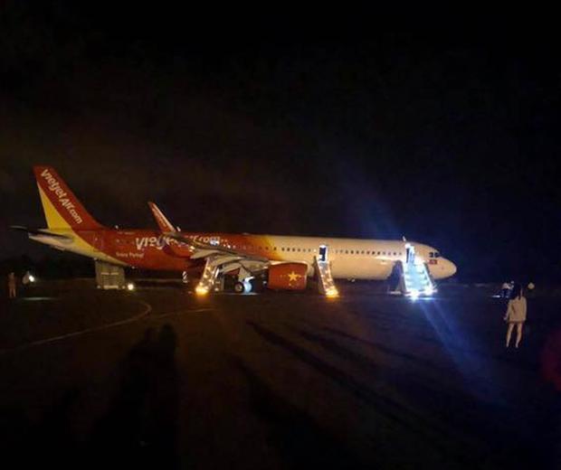 Cục hàng không thông tin vụ máy bay Vietjet gặp sự cố nghiêm trọng khi tiếp đất tại sân bay Buôn Mê Thuột - Ảnh 2.