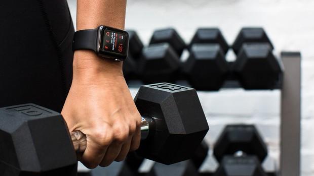 Mua đồ Apple là tốn thận, nhưng mua Apple Watch thì khác: Giúp sống thọ thêm 2 năm cuộc đời! - Ảnh 1.