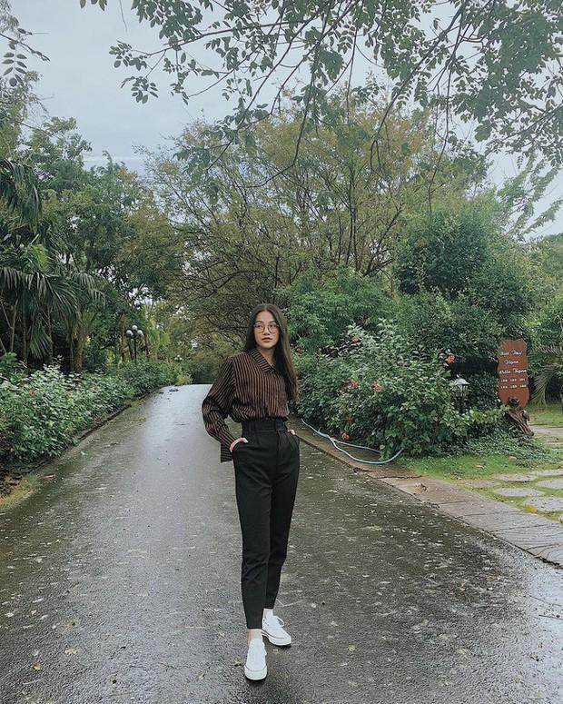 Street style sao: Diệp Lâm Anh vừa sinh xong đã diện ngay đồ khoe dáng, Hương Giang mặc kín đáo vẫn lộ dáng gầy - Ảnh 6.