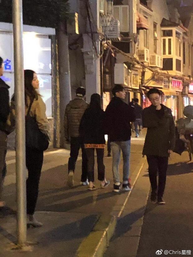 Hẹn hò kiểu Trịnh Sảng với bạn trai: Hết đưa diễn viên đóng thế đi cùng lại tới bố áp tải - Ảnh 4.