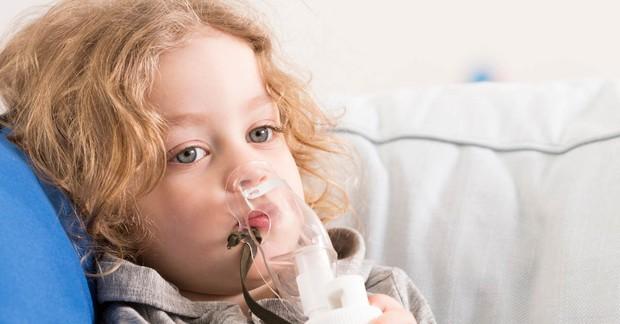 Không khí khô hanh của mùa này rất dễ khiến bạn gặp phải nhiều bệnh vặt và đây là một số cách phòng tránh - Ảnh 1.