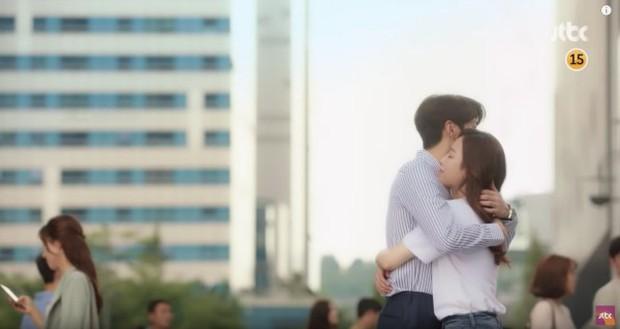 The Beauty Inside - Phim Hàn có nhiều nữ chính nhất mọi thời đại có thua kém bản điện ảnh? - Ảnh 10.