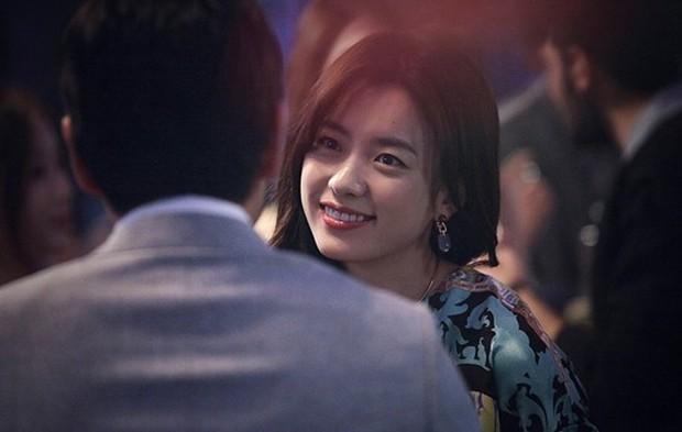 The Beauty Inside - Phim Hàn có nhiều nữ chính nhất mọi thời đại có thua kém bản điện ảnh? - Ảnh 27.