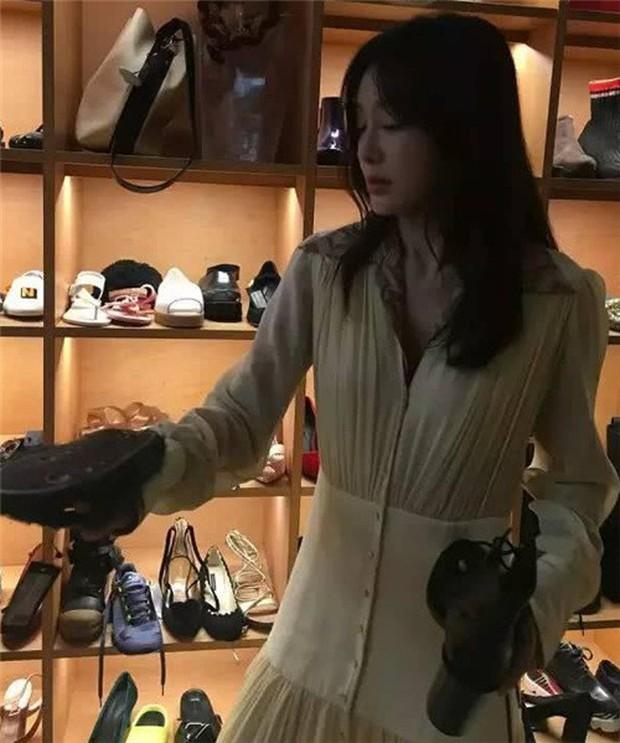 Hoàng Hậu Tần Lam bị bạn thân bóc mẽ chuyên mua mỹ phẩm rẻ tiền, tiết kiệm quá mức - Ảnh 5.