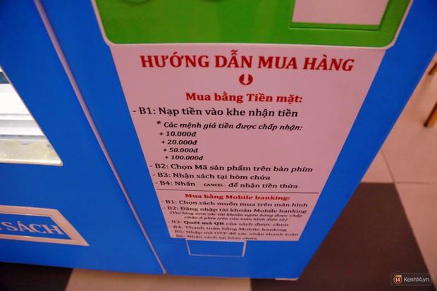 Trải nghiệm máy bán sách tự động đầu tiên dưới lòng đất trung tâm Sài Gòn - Ảnh 6.