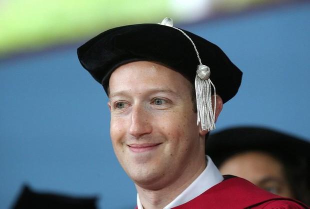 Bill Gates và Mark Zuckerberg bỏ đại học và thành tỷ phú nhưng các chuyên gia khuyên bạn đừng dại mà làm theo - Ảnh 1.