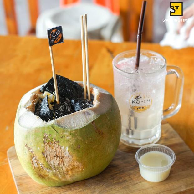 Món ăn gây xôn xao ở Thái vì hình thức giống hệt như phần than cháy đen - Ảnh 1.
