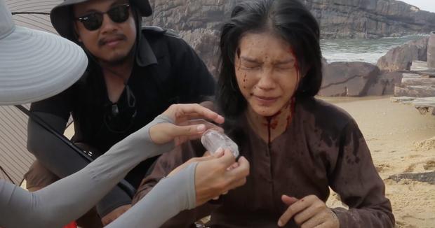 Người Bất Tử của Victor Vũ: Clip hậu trường về những tai nạn trong phim - Ảnh 7.