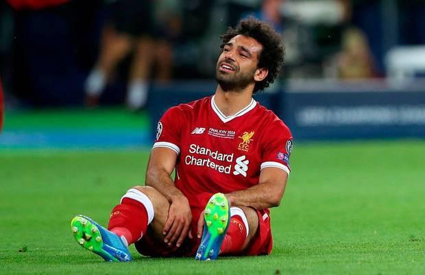 Danh thủ Mo Salah được tạc tượng vinh danh nhưng trông hơi sai một chút, dân mạng lập tức nhảy vào chế ảnh - Ảnh 13.