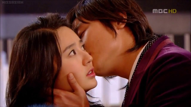 """""""Thái tử phi"""" Yoon Eun Hye trở lại với Love Alert: Liệu có lợi hại hơn xưa? - Ảnh 4."""
