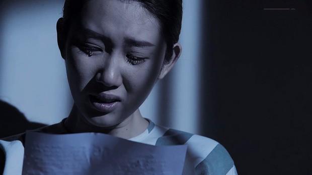 Gạo Nếp Gạo Tẻ: Thương con nhu nhược, gia đình bà Mai buộc phải ra đường vì tội lỗi mà Hân gây ra - Ảnh 9.