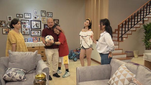 """Quỳnh Kool chán làm gái quê hóa hot girl trong """"Mẹ Ơi, Bố Đâu Rồi"""" - Ảnh 6."""