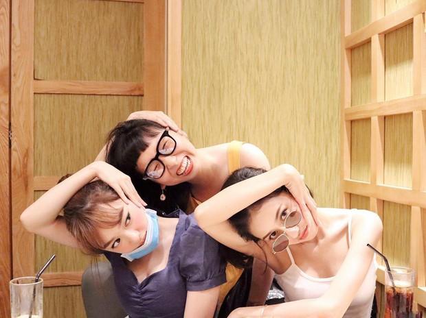 Tưởng là một bầu trời đối lập mà Kaity Nguyễn và Trang Hý lại chơi thân với nhau ghê - Ảnh 6.