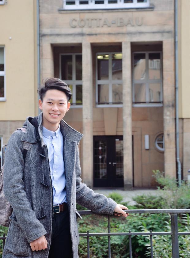 Cậu bạn Hà Nội đẹp trai, giành học bổng du học 5 nước, là thủ khoa đầu vào và tốt nghiệp ĐH với số điểm cao nhất - Ảnh 11.