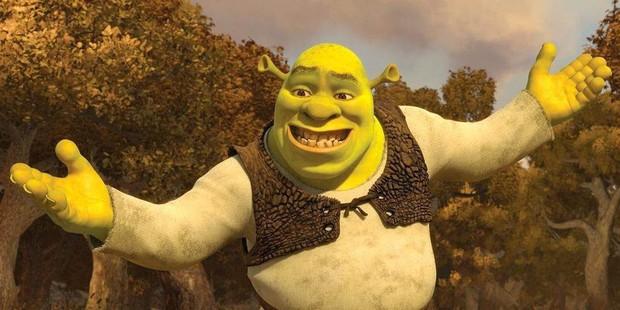 """Fan phẫn nộ khi """"Chằn tinh Shrek"""" và """"Chú mèo đi hia"""" bị vắt sữa trắng trợn - Ảnh 1."""