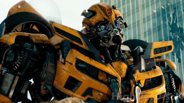 6 lý do bạn nên ra rạp để xem phim riêng của chú robot ong vàng Bumblebee - Ảnh 1.