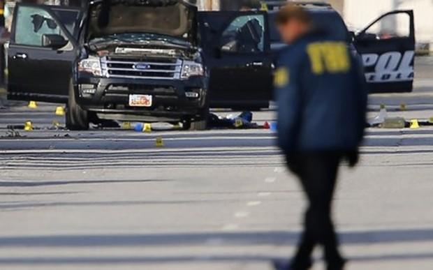 Xả súng xối xả vào quán bar ở Mỹ, bắn trúng cả cảnh sát - Ảnh 1.