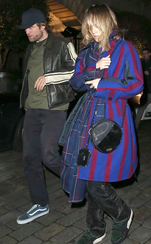 5 năm sau chia tay, Kristen Stewart vẫn luôn nhớ Robert và ân hận vì đã phản bội bạn trai cũ - Ảnh 2.