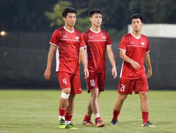Đội tuyển Việt Nam: 2 điểm yếu của Đội tuyển Việt Nam tại AFF CUP 2018 - Ảnh 1.