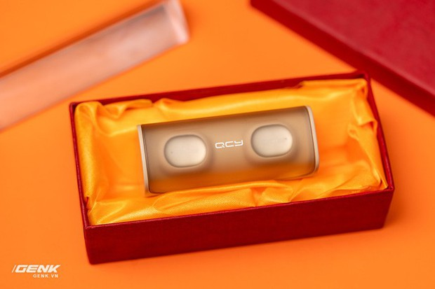 Bỏ ra chỉ 600.000 đồng mua cặp tai nghe không dây của Trung Quốc, đáng tiền hay không? - Ảnh 3.