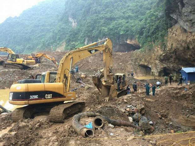 """Sập hầm vàng trái phép ở Hòa Bình: """"Mong tìm được thi thể chứ nằm dưới bùn lạnh lẽo lắm"""" - Ảnh 4."""
