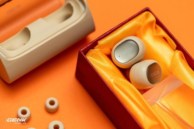 Bỏ ra chỉ 600.000 đồng mua cặp tai nghe không dây của Trung Quốc, đáng tiền hay không? - Ảnh 12.