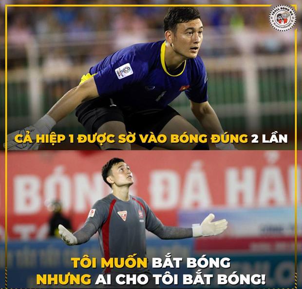 Ảnh chế AFF Cup: Dép tổ ong Việt Nam hơn đứt Tông Lào - Ảnh 4.