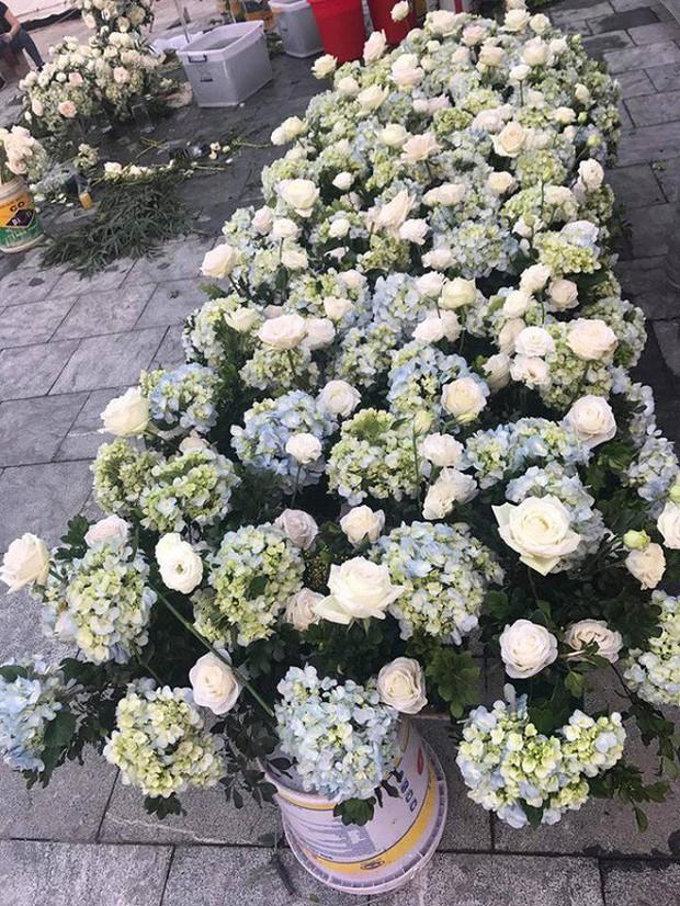 Xôn xao đám cưới trang trí hết 4 tỷ đồng ở Thái Nguyên, mời cả Đan Trường, Quang Hà về biểu diễn - Ảnh 3.