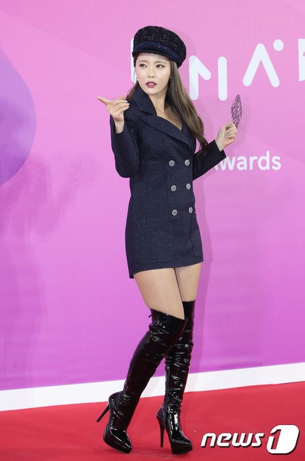 Gần 80 sao Hàn đổ bộ thảm đỏ Melon 2018: BTS khoe đẳng cấp quốc tế, loạt nữ idol gây sốc vì hở hang nhức mắt - Ảnh 36.