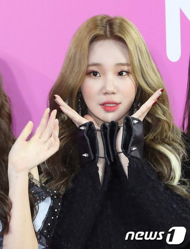 Gần 80 sao Hàn đổ bộ thảm đỏ Melon 2018: BTS khoe đẳng cấp quốc tế, loạt nữ idol gây sốc vì hở hang nhức mắt - Ảnh 12.