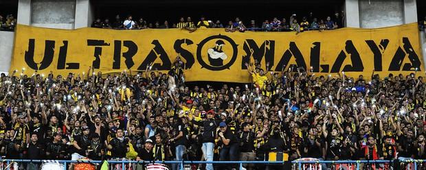 Cổ động viên Việt Nam hãy coi chừng Ultras Malaysia - đám người hung hãn khi bản năng nguyên thủy bị đánh thức - Ảnh 3.