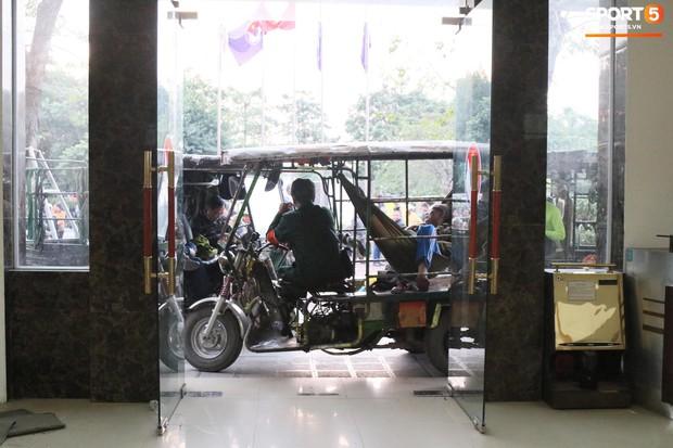 Hàng trăm người lạ phá cửa tràn vào VFF, cán bộ Liên đoàn kêu gào vì sợ hãi - Ảnh 4.