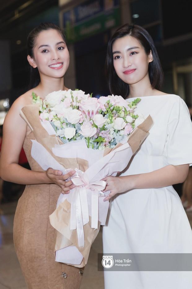 Trần Tiểu Vy trở về từ Miss World: Đỗ Mỹ Linh và Phương Nga đi đón  - Ảnh 6.